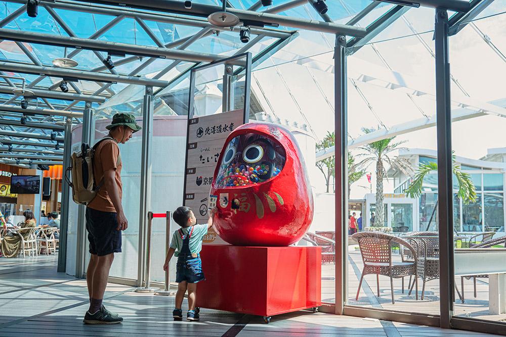 台中景點|清水休息站質感變身,宛如置身日本。日本美食街、水族箱走道、小吃伴手禮