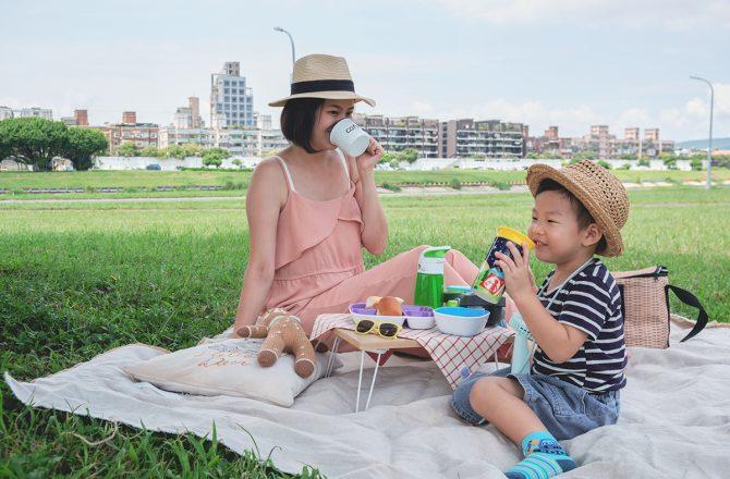 親子好物|媽媽外出必備7樣超實用育兒用品,水杯、兒童餐具和推車架|美國Munchkin